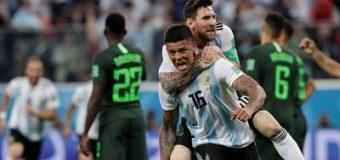 Rojo le dio el pase a 8vos a Argentina, que sufrió hasta el final