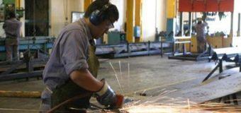 Peor dato en la era Macri: la industria se hundió 8,1% en junio