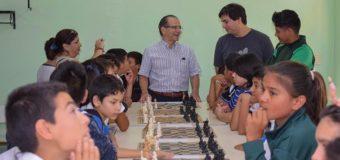 El municipio apoya realización del Torneo de Ajedrez de la Escuela N° 327