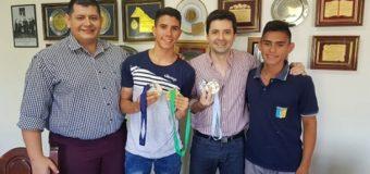 Bruno Cipolini recibió a los jóvenes que representaron a la ciudad en Torneo de Taekwondo