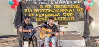 Gran acompañamiento al festival artístico por el Día Internacional de las Personas con Discapacidad