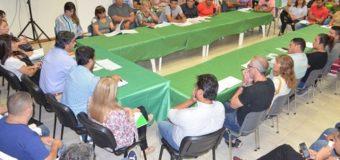 Capitanich junto a 104 comisiones vecinales coordinó un plan de trabajo para 2019