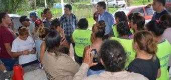 Capitanich coordina acciones con vecinos y trabajadores de una cooperativa