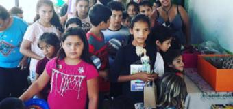Spoljaric entregó obsequios a niños por la festividad de Reyes
