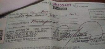 Intendente Gustavo Guex denunciado por emitir cheque sin fondos
