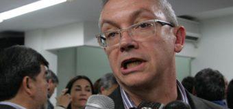 ¿Pedrini tiene doble discurso sobre las PASO?