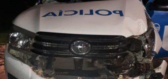 En supuesta persecución policías destruyeron un patrullero
