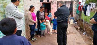 Monseñor Barbaro recorrió zonas afectadas y visitó a los inundados