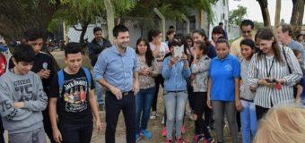 Municipio y alumnos de la E.E.S Nº 53 plantaron árboles