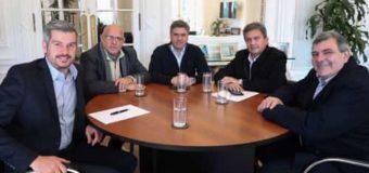 Peche, Zimmermann y Zdero junto a Marcos Peña