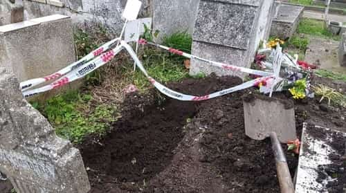 Roban otro cuerpo de un niño en un cementerio de Miramar