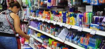 La canasta escolar de Precios Cuidados tiene 10 producto y viene con aumento del 21%