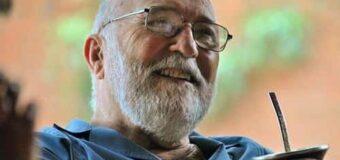 El Cielo recibe al Poeta, Cura y Músico: Murió el Pai Julián Zini