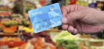 Habrá más tarjetas Alimentar para AUH pero no para jubilados