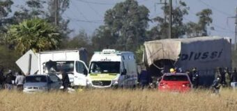 Nueve vehículos participan de un choque en ruta 11 y deja como saldo 2 muertos