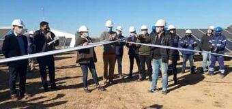 Chaco inauguró planta de energía solar